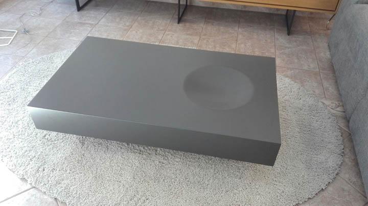 Mesa de centro lacada mate con cajón